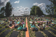 Yoga at the Skyline Stage